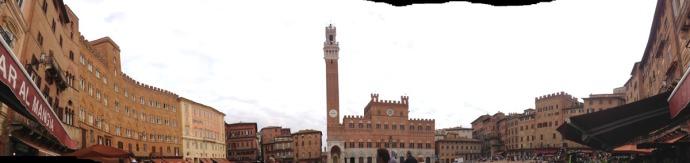 Siena Piazza del Campo panorama