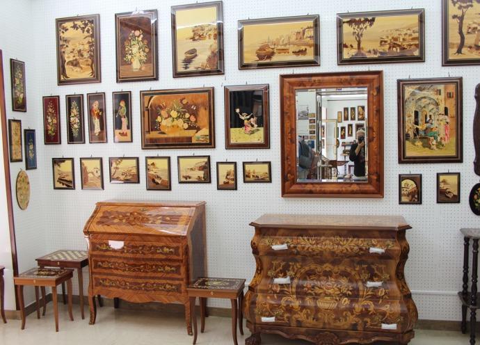 Sorrento A. Stinga wall display