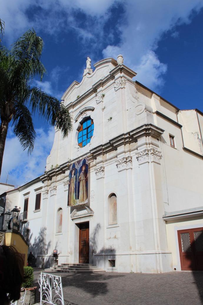 Sorrento church & palm