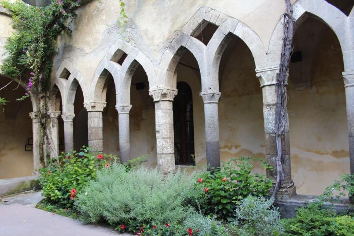 Sorrento Cloister arches