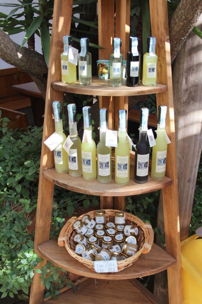 Sorrento Limoncello display, jellies