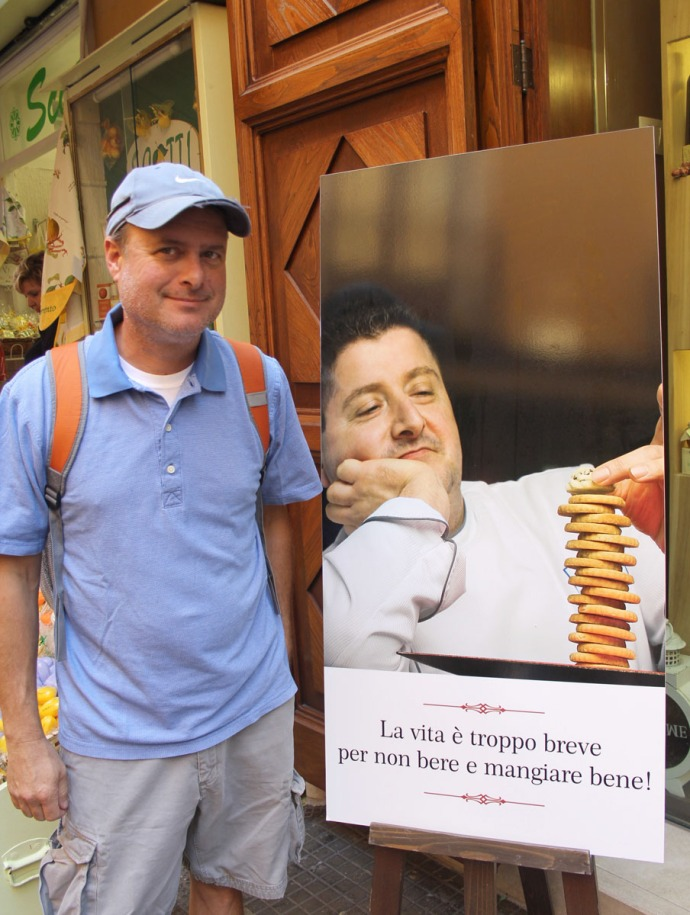 Sorrento Wally and good eats sign
