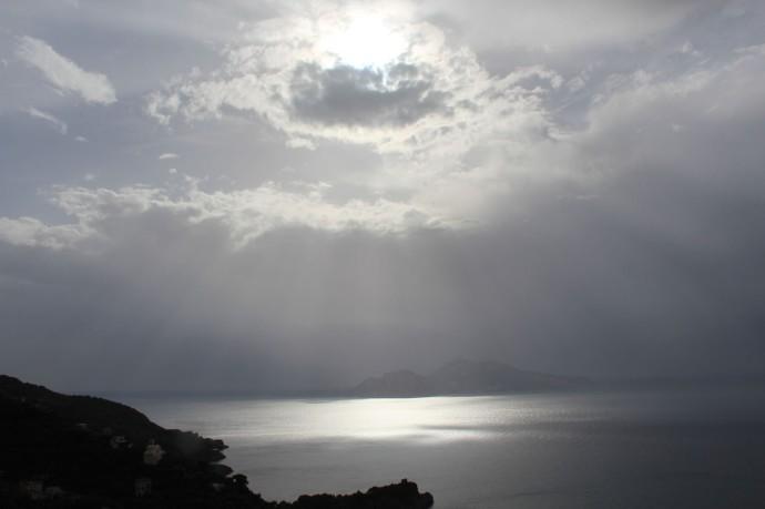 Capri silver in dark