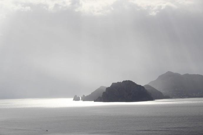 Capri silver rocks clsup