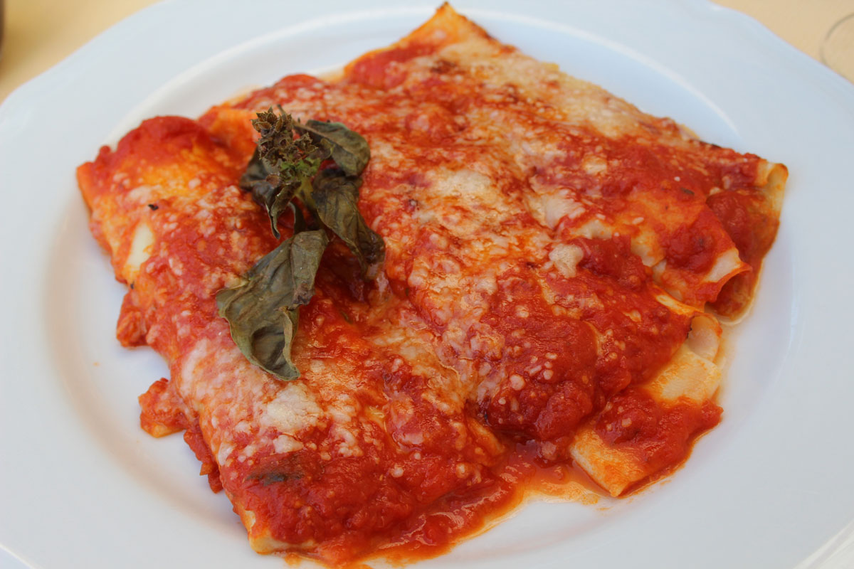 Seafood Manicotti Recipes — Dishmaps