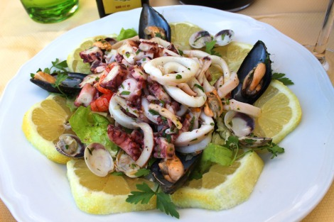 Massa Il Cantuccio squid salad on lemons clsup