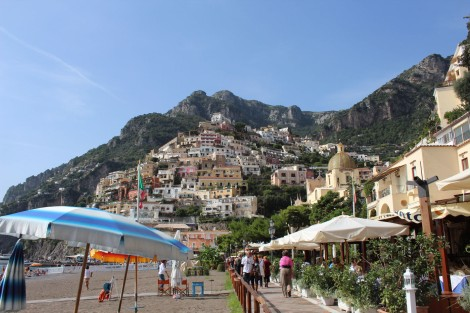 Positano umbrella beach to town view