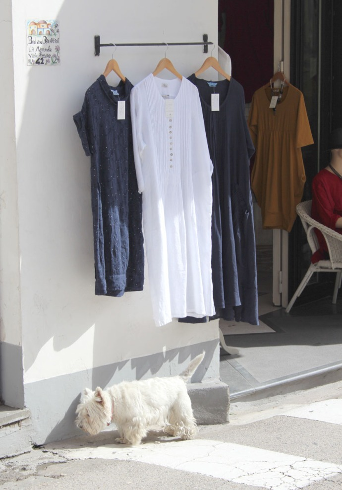 Positano white Scottie dog, clothing