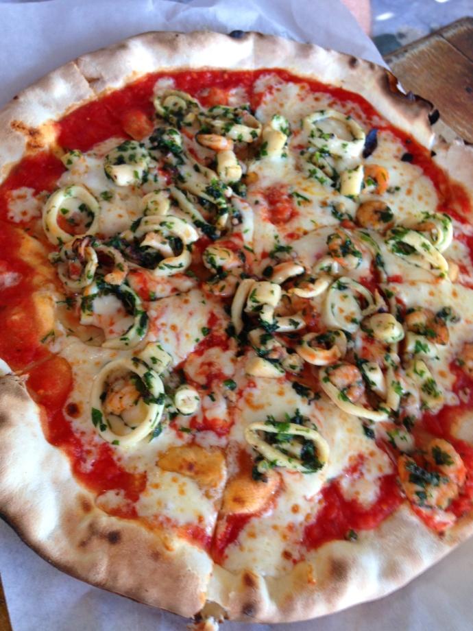 La Nave pescatora pizza
