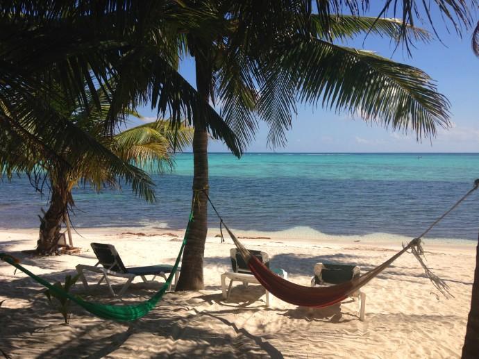Nah Lu'um Ka'an double hammock heaven