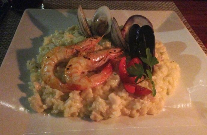 Piedra Escondida seafood paella