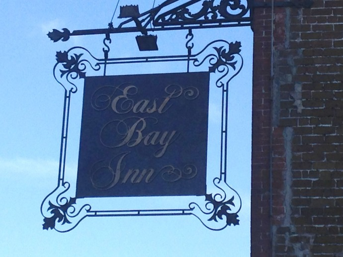 Savannah East Bay Inn sign