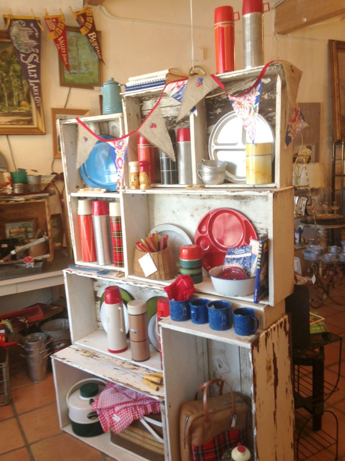 The Grey House Antiques picnic wares