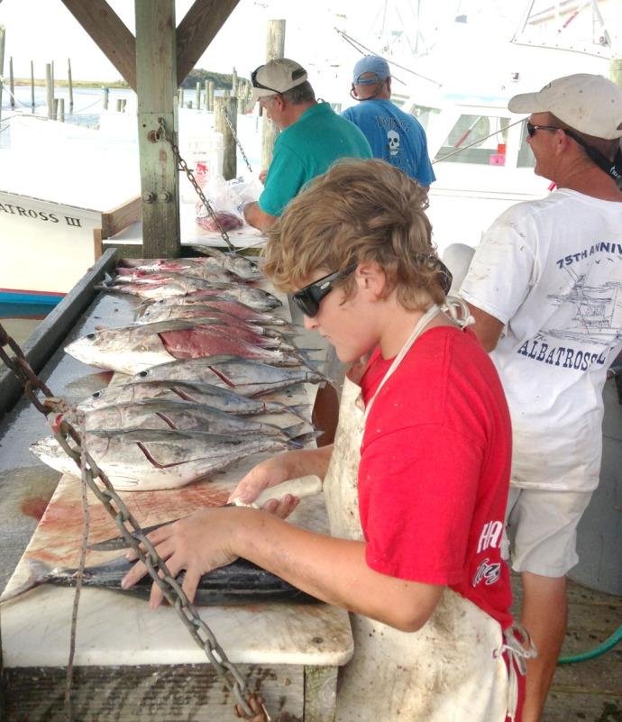Albatross Fleet, fish cleaning crew