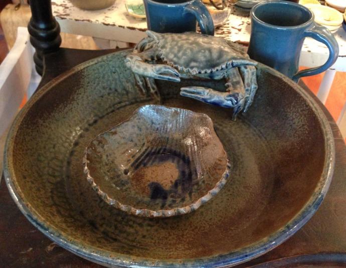 Avon, Kinakeet Clayworks crab & shell dip bowl