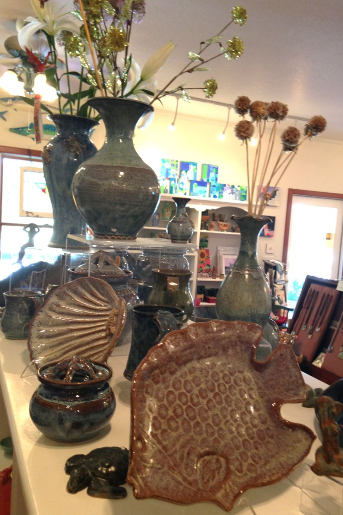 Avon, Kinakeet Clayworks fish plate & vases