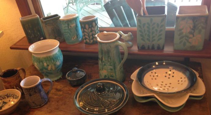 Avon, Kinakeet Clayworks pottery mugs, misc