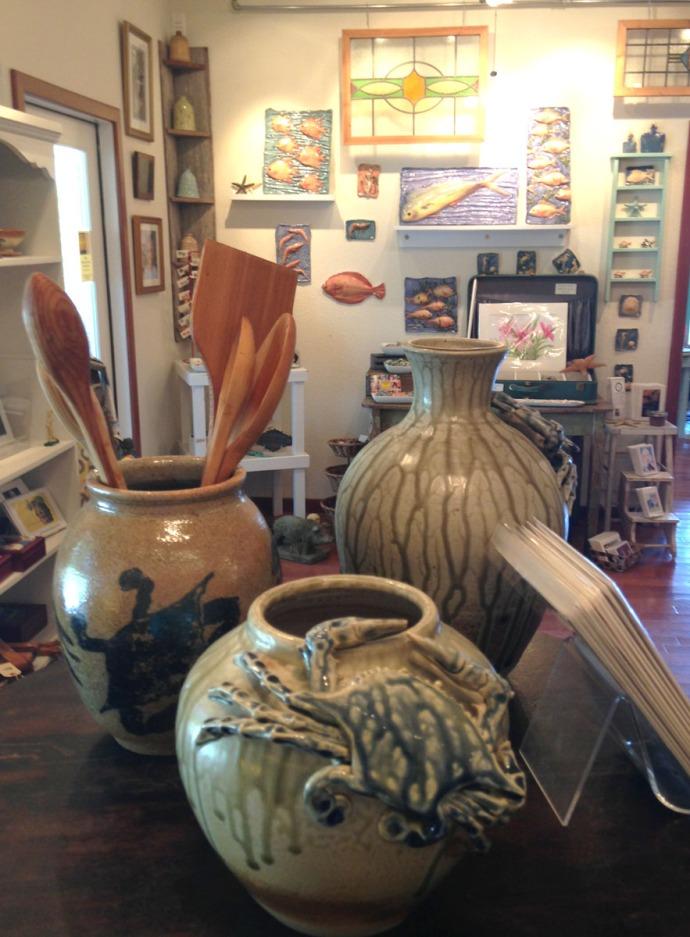 Avon, Kinakeet Clayworks pottery vases