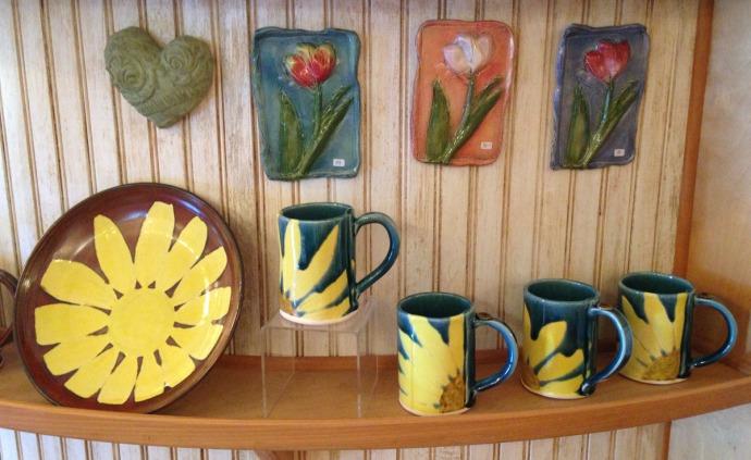 Avon, Kinakeet Clayworks sunflower & tulips