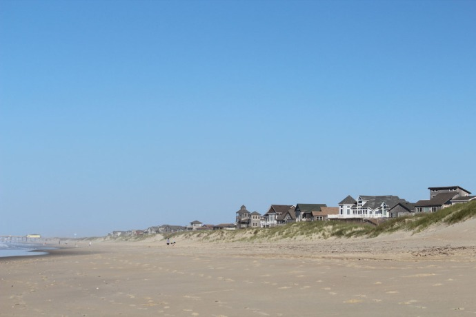 Frisco, beach and house view