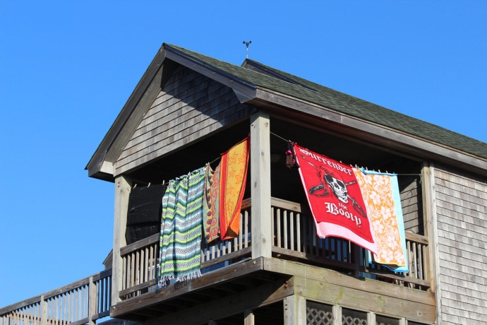 Frisco, Pirate Booty towels porch