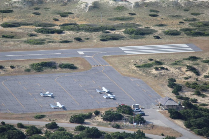 Frisco airport planes