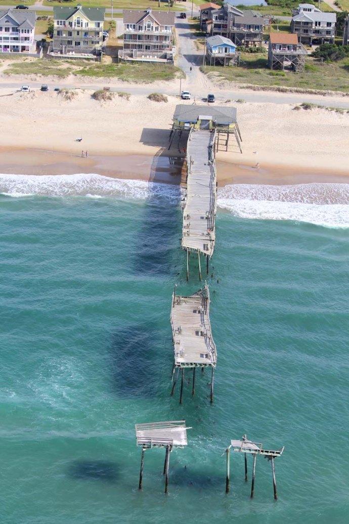Hatteras broken dock aqua