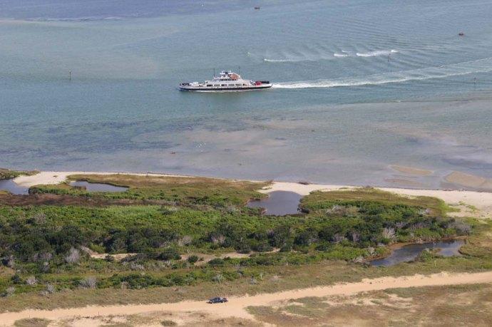 Hatteras ferry headed to Ocracoke