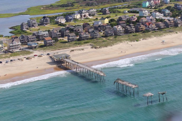 Hatteras Frisco dock, houses to left