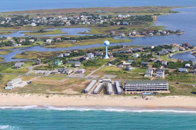 Hatteras water tower & community