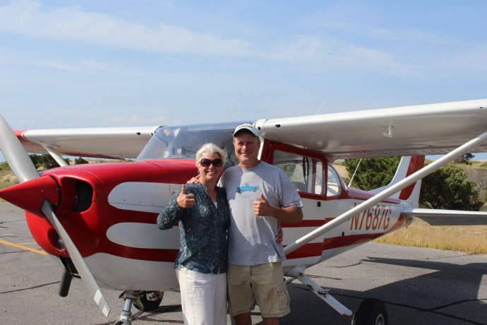 Jamie and Wally, Hatteras airplane