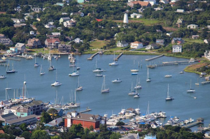 Orcacoke harbor & lighthouse