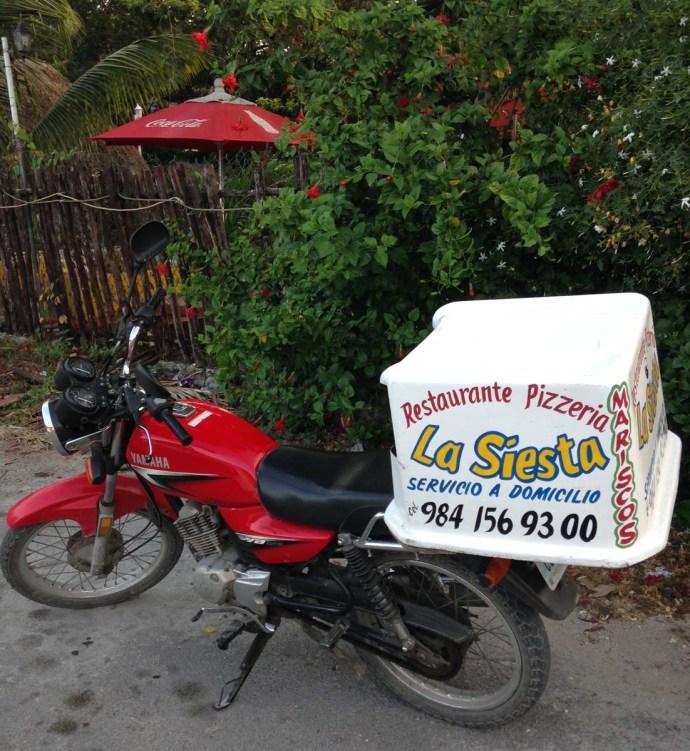 La Siesta Pizzeria, Tulum cycle delivery