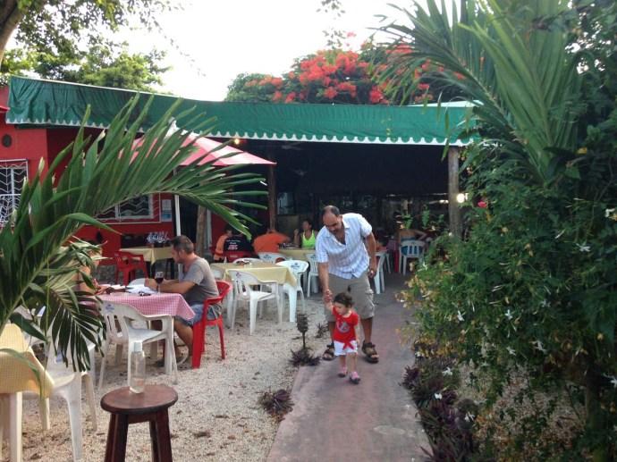 La Siesta Pizzeria, Tulum patio