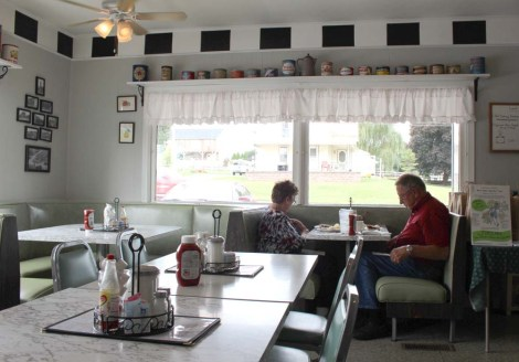 Amish Country, White Horse Luncheonette dining