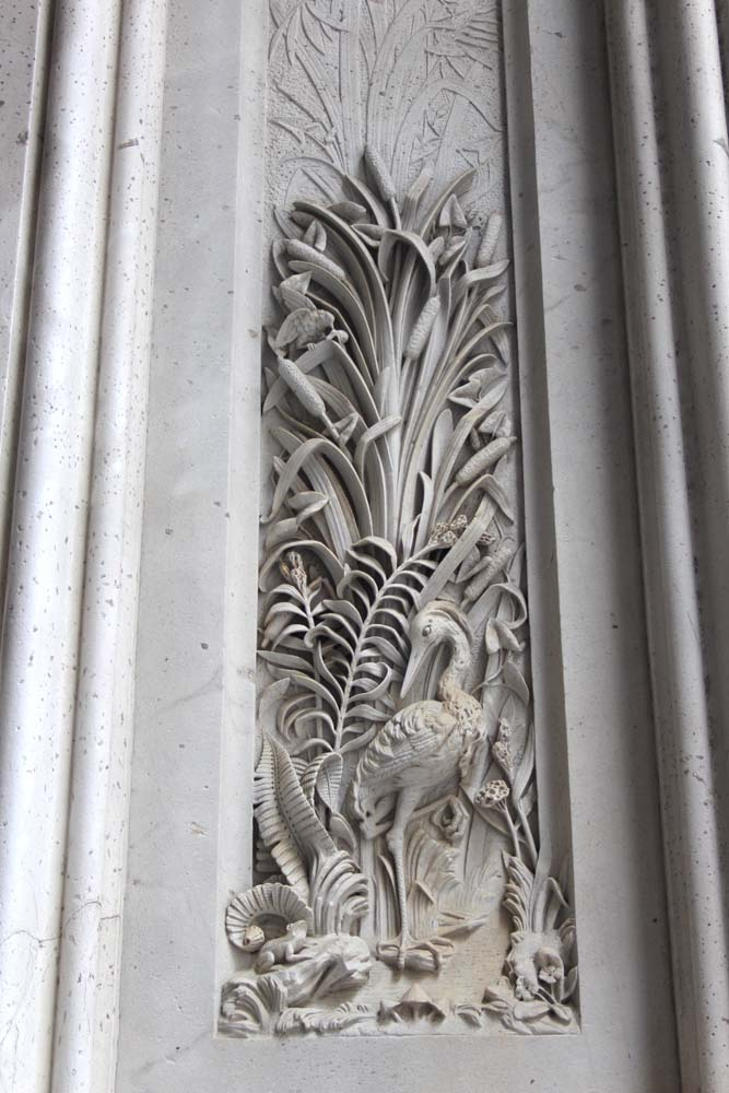 Philly City Hall heron carving